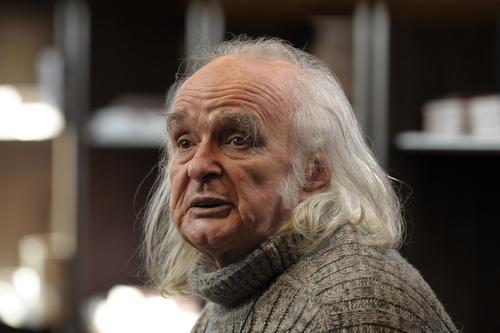 Poetul Emil Brumaru