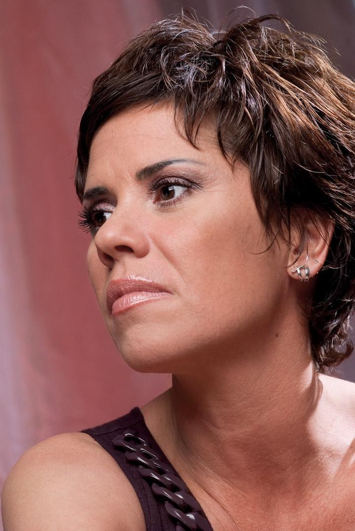 Luminița Anghel, pictorial pentru revista tango - Marea Dragoste; Foto: Paul Buciuta / Marea Dragoste