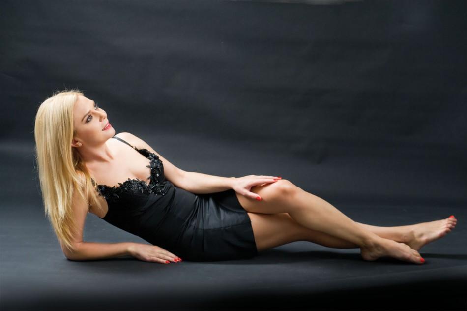 Crina Matei pictorial pentru Revista Tango / Marea Dragoste, Foto: Paul Buciuta