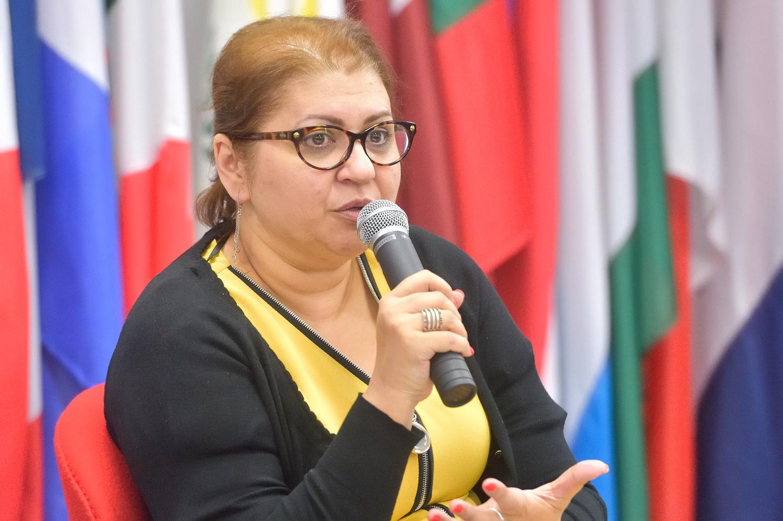 Nicoleta Biţu, directoarea Centrului pentru Studii Romani din cadrul Şcolii Naţionale de Studii Politice şi Administrative