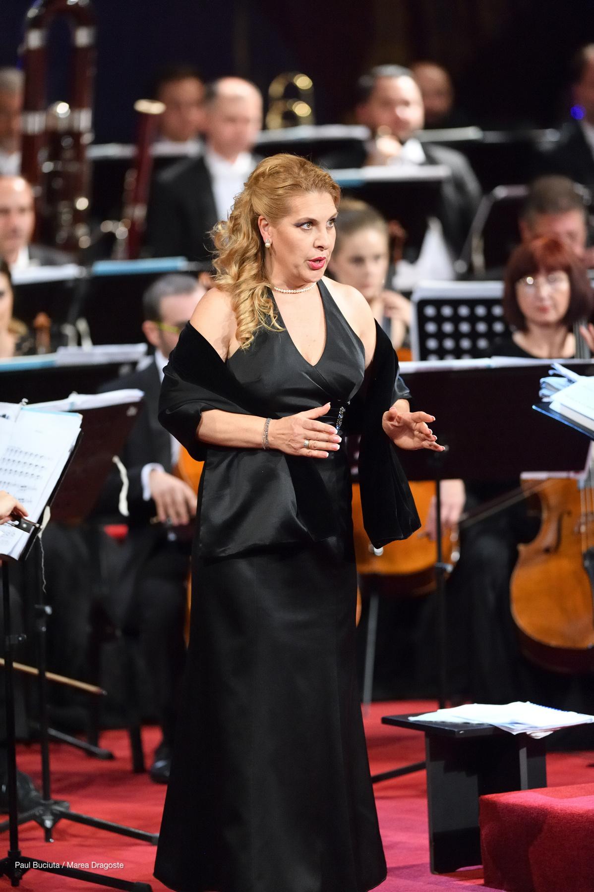 Liliana Mattei Ciuca la Gala Extraordinară de deschidere a stagiunii 2016-2017 la Opera Națională București