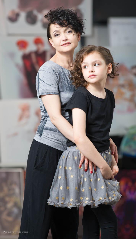 Pictorial si interviu cu Dorina Chiriac pentru Marea Dragoste-revistatango.ro, nr. 120, iunie 2016. In imagine: Dorina Chiriac si fiica ei, Sonia Piersic.