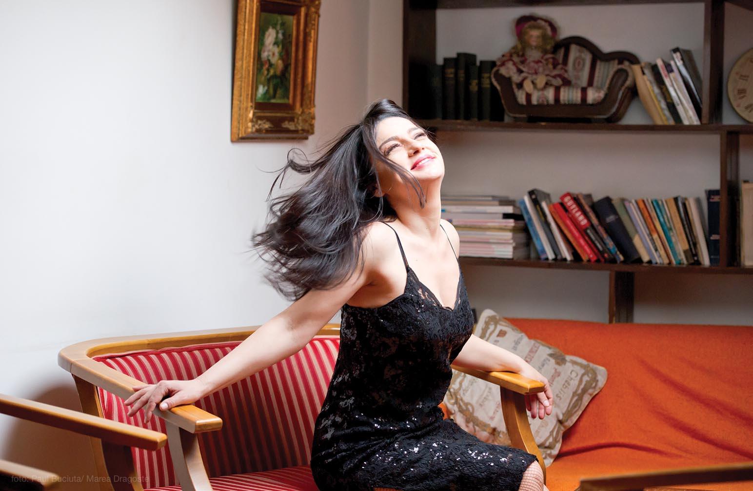 Maria Obretin - pictorial pentru Marea Dragoste-revistatango.ro, nr. 127, martie 2017