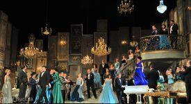 La traviata, în regia britanicului Paul Curran, pescena Operei Nationale Bucuresti.