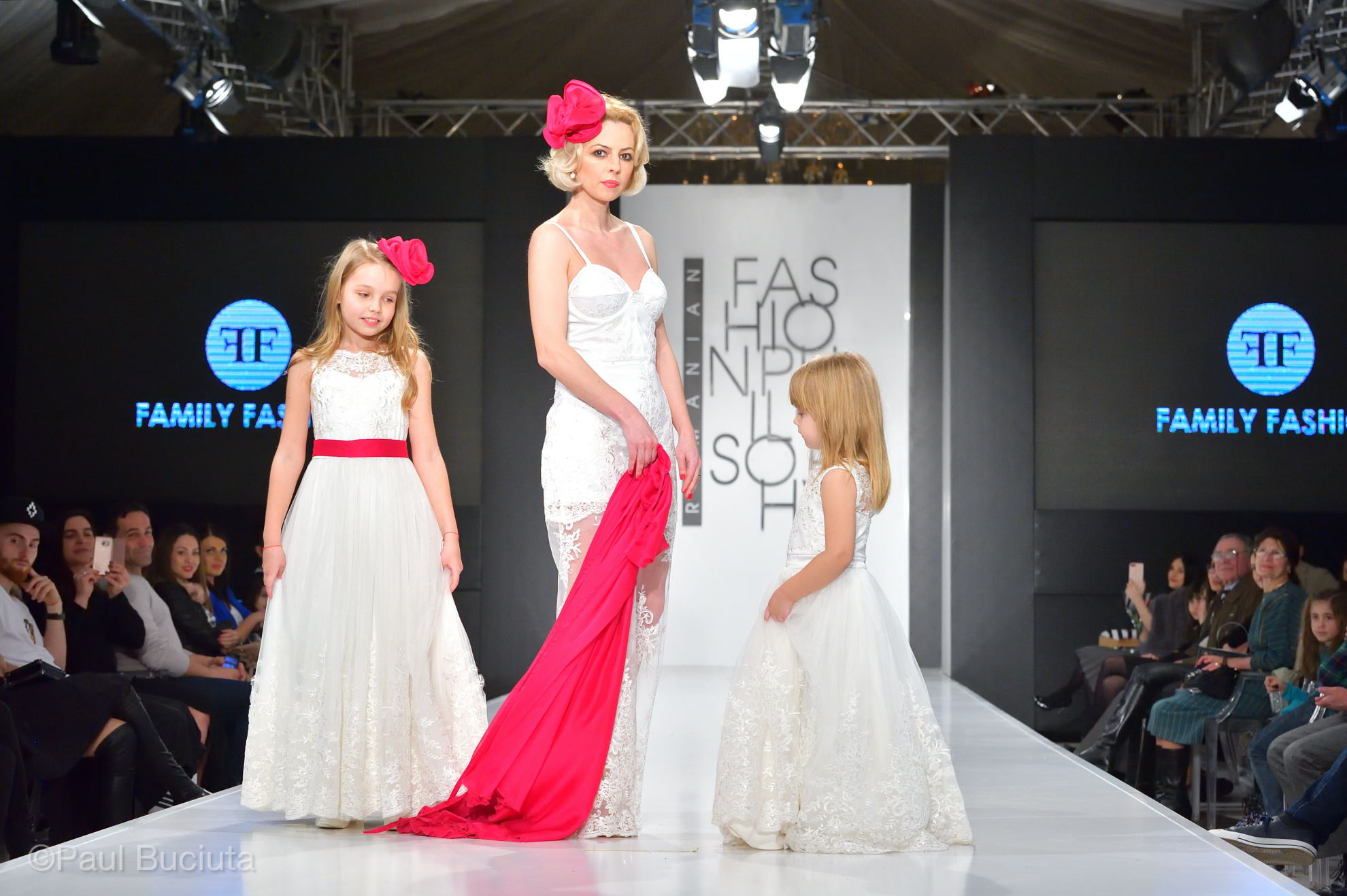 Prezentare Family Fashion by Luiza Willems în cadrul Romanian Fashion Philosophy 2018