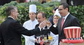 petrecere resedinta ambasadorului SUA